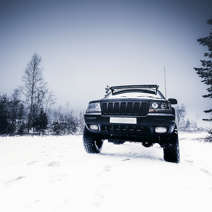 front_square_winter_car